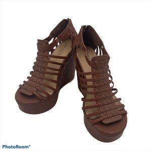 💜Torrid Chunky Strappy Wedge Heel zip 9W